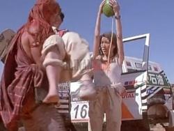 电影《我是谁》中用椰子输液?椰子辣么厉害?